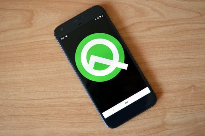 android-q-smartphone-banner
