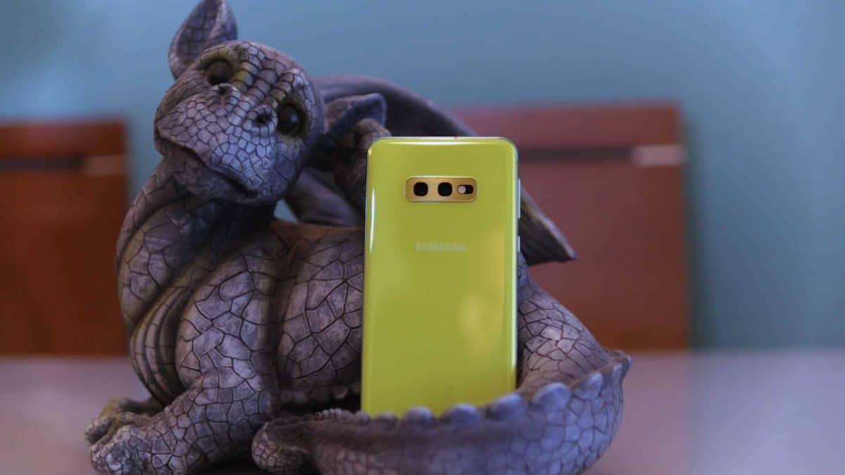 Samsung-Galaxy-S10e-diseño-trasera_optimized