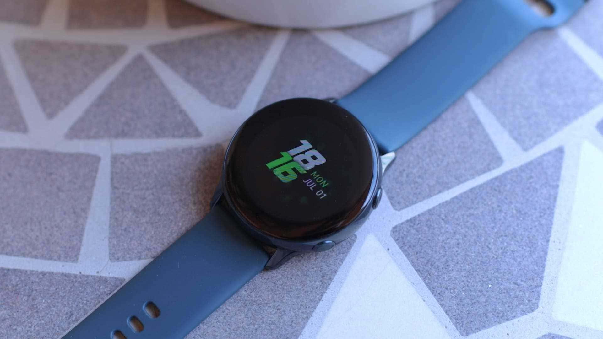 diseño-cuerpo-Samsung-Galaxy-Watch-Active-review