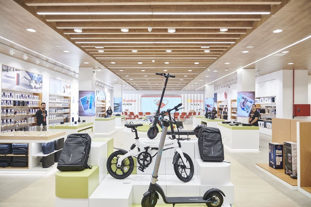 tienda-fisica-AliExpress-Plaza-Madrid